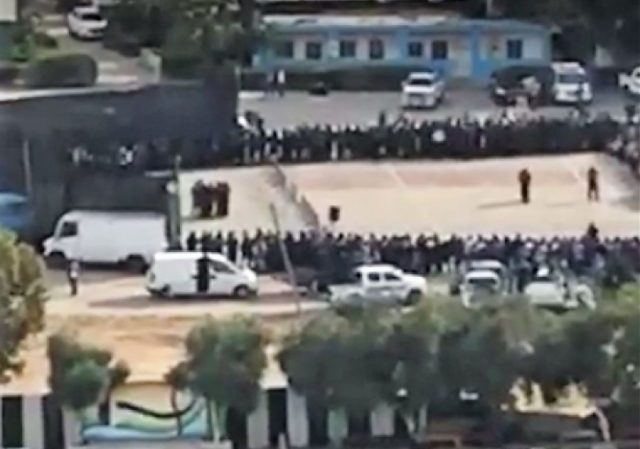 https://www.i24news.tv/en/news/international/middle-east/146172-170525-gaza-news-agency-live-streams-public-executions-of-hamas-commander-s-killers