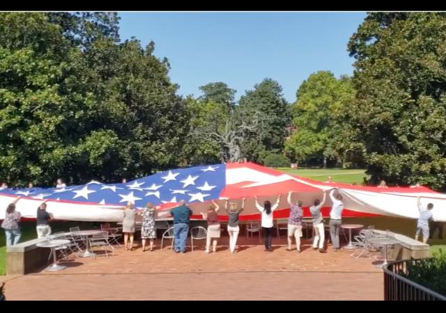 https://www.tennessean.com/story/news/local/2019/08/23/vanderbilt-university-discovers-huge-historic-flag-campus-basement/2099494001/